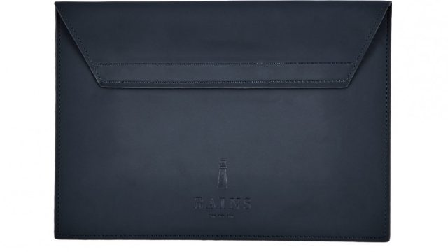 05-tablet-sleeve-blue-390a