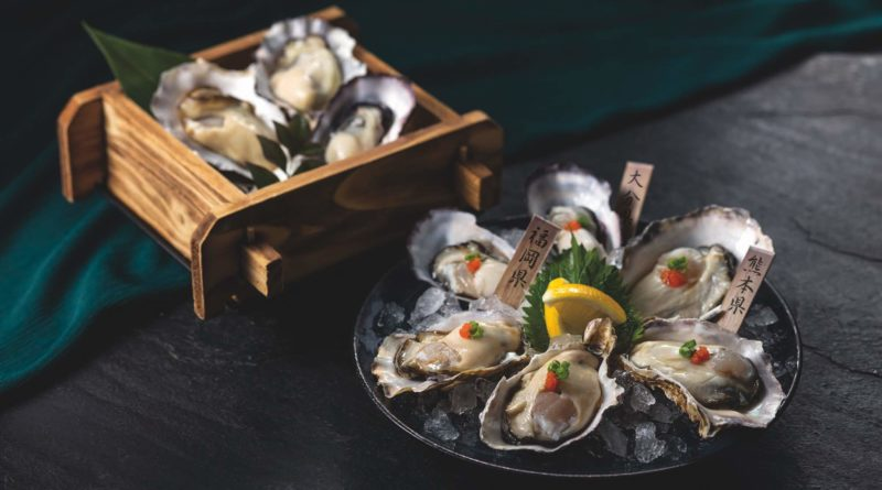 Sake-steamed and Fresh Oyster Platter