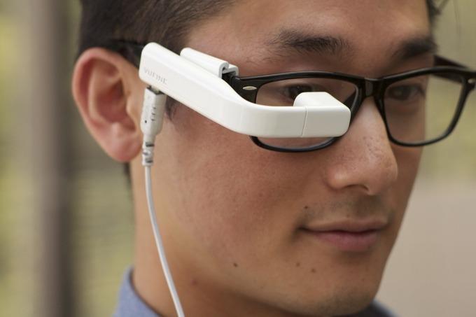 超方便 勁有型 Vufine 取代 Google Glass