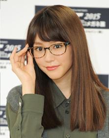 桐谷美玲 當選強眼鏡娘    點解《 不良仔與眼鏡妹 》無搵佢拍?
