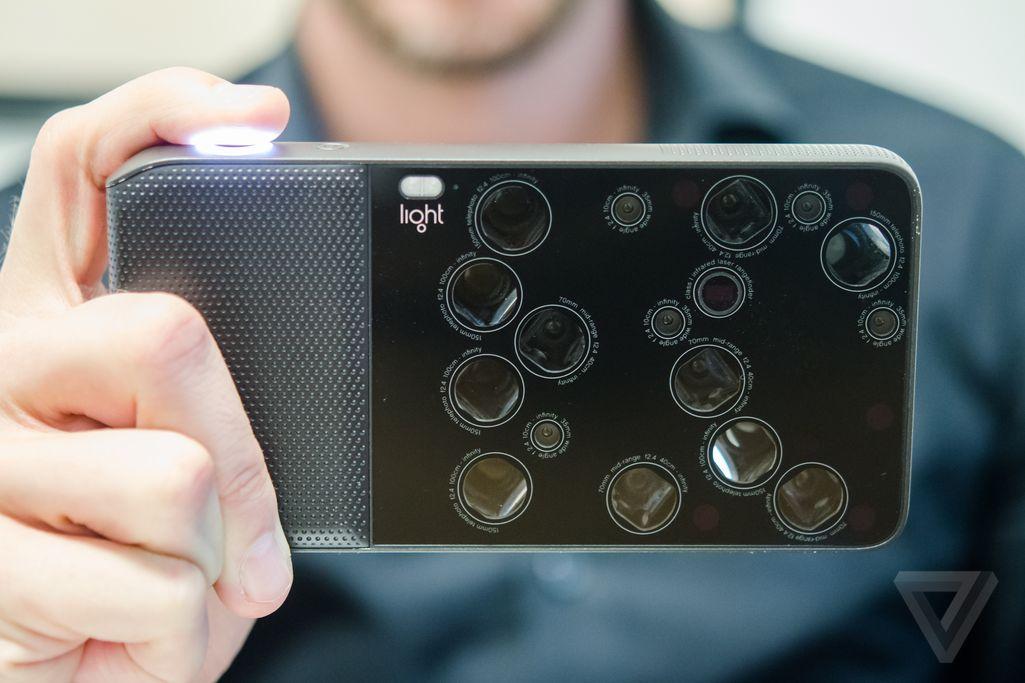 相機鏡頭愈多愈好?  | L16 玩 1 機內置 16 鏡問你怕未