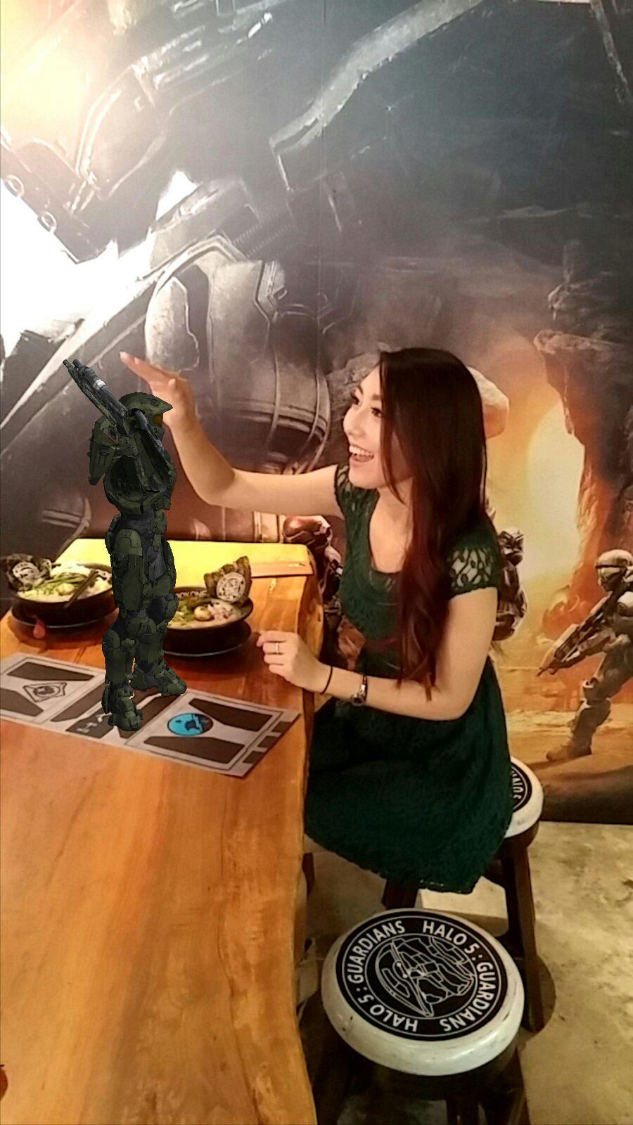 打機先定食麵先好? |  Xbox One X 豚王推特別版拉麵