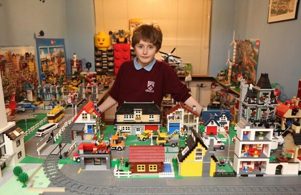 五年時間砌出 Lego 城市 | 用萬二蚊有找就做到