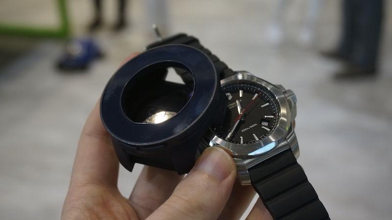 智能結合傳統手錶 | Acer x Victorinox = Cybertool