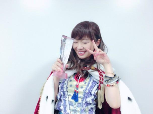 第 8 屆 AKB48 人氣總選 指原破天荒蟬聯 小嶋宣布畢業