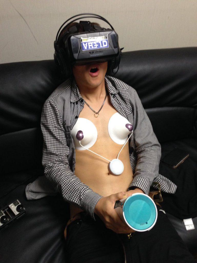 VR 眼罩終極應用 首個 AdultFestaTV 展人太多宣布取消