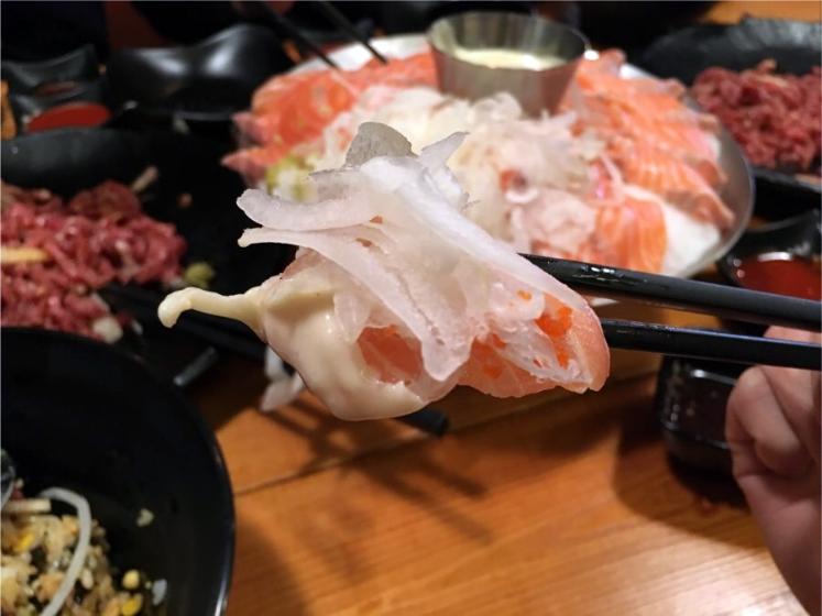 〔金仔韓遊〕愛吃三文魚必到! 首爾三文魚商行無限時任食