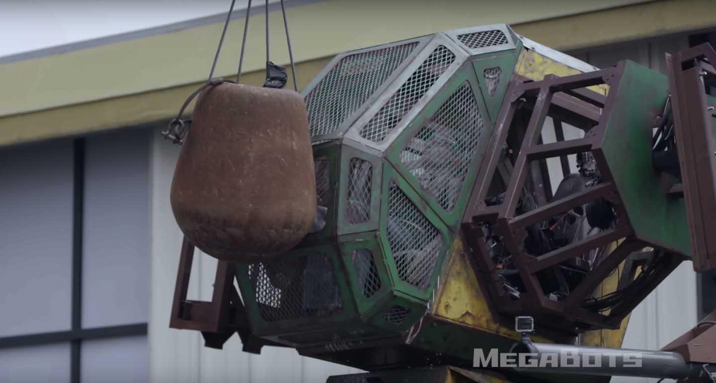MegaBots 暴力測試  為第一次機械人大戰做準備