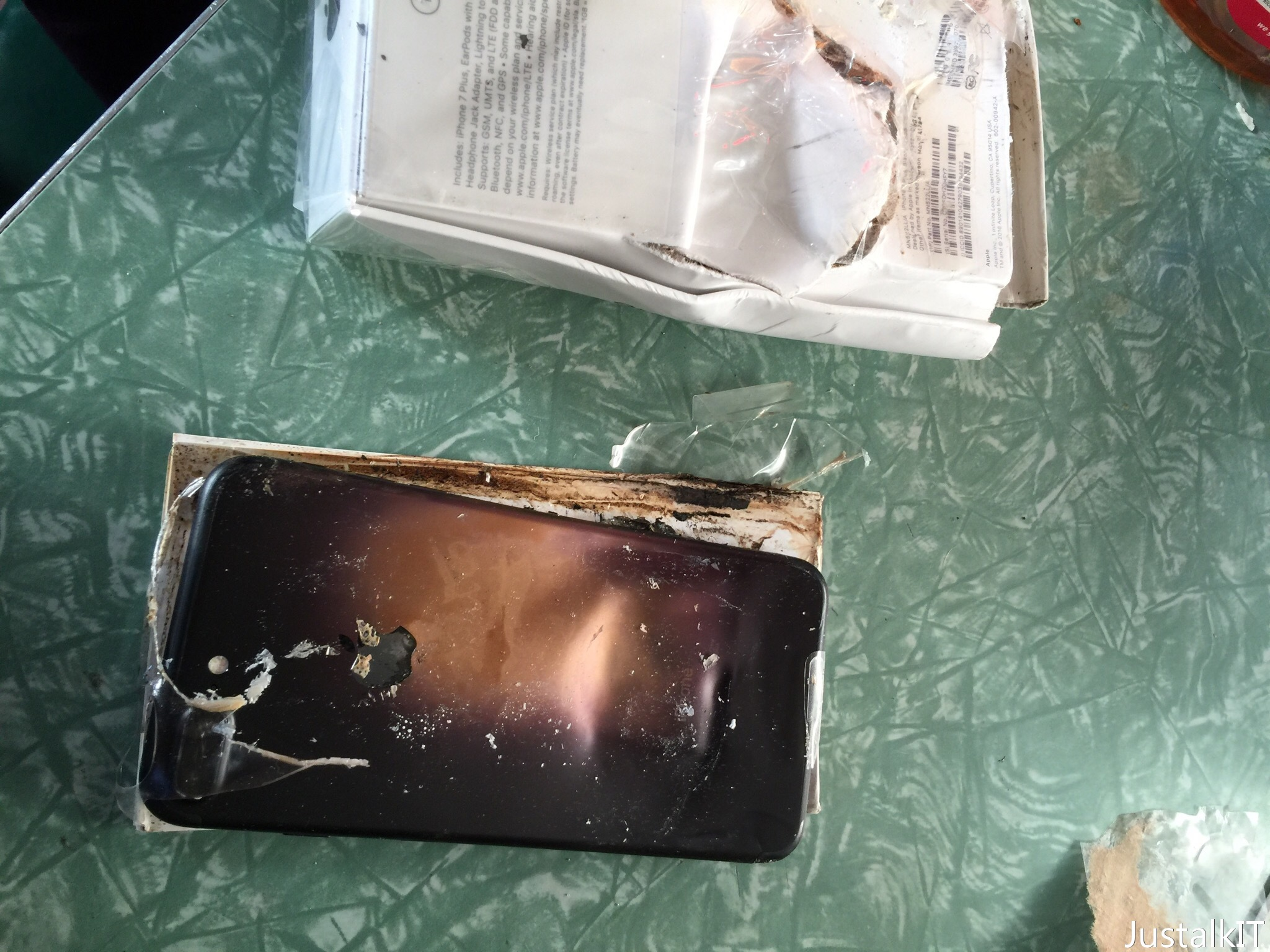 iPhone 7 爆炸 有新進展  機主:「運輸問題引致爆炸」