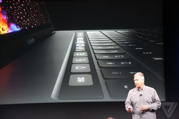 新 Macbook Pro 現身   加 Touch Bar 只得 Type-C 插頭