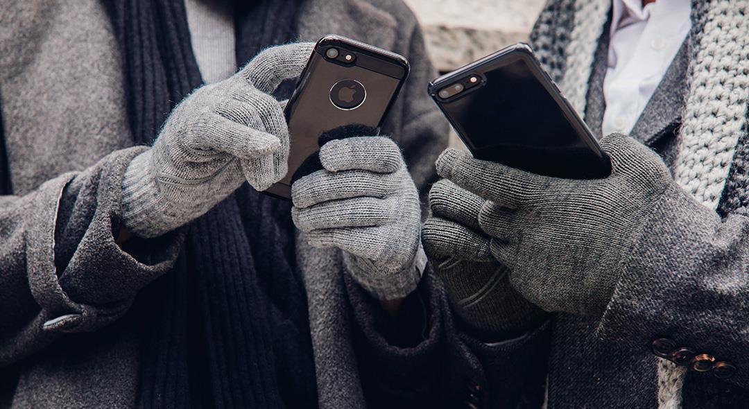 冬天戴手套無得玩手機? Moshi Digits 電容式觸控手套必備