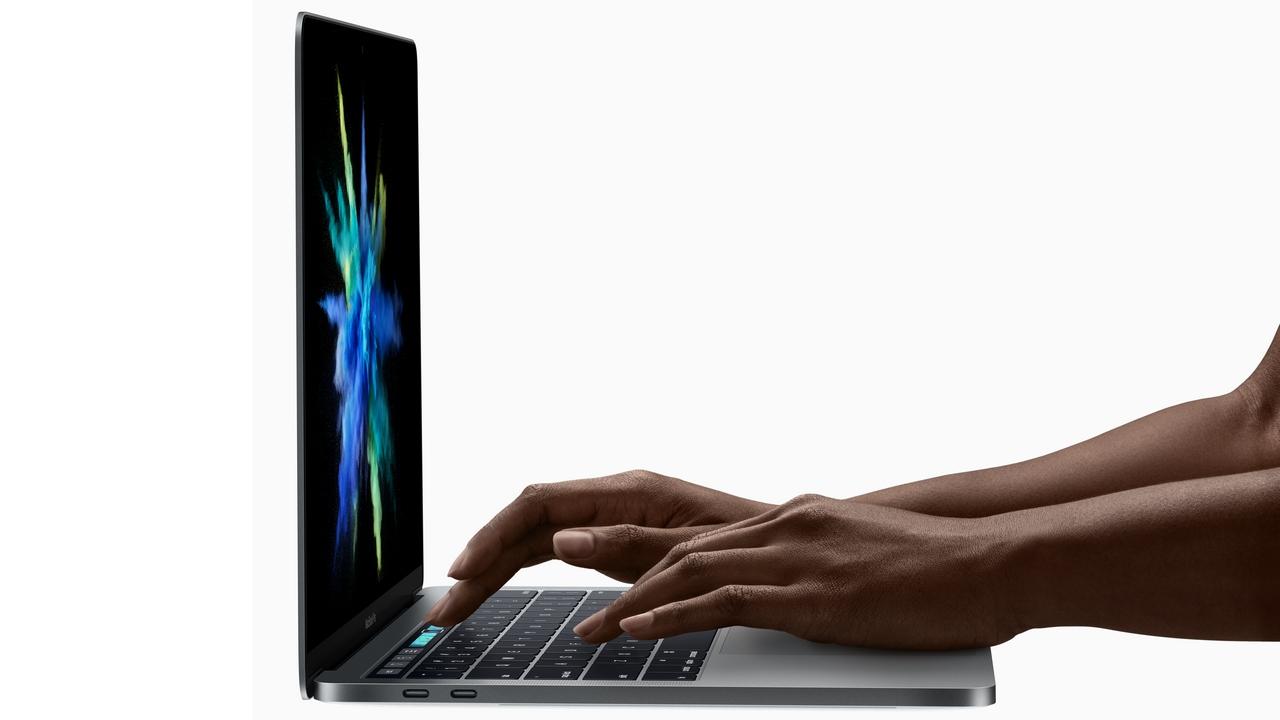 新 MacBook Pro 電量打五折  全因用舊款電池?