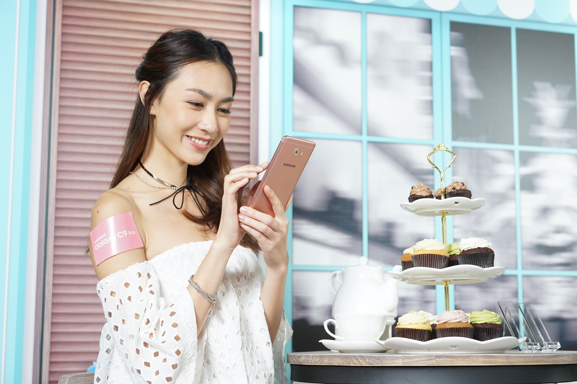 最強播片神玩雙「6」  Samsung Galaxy C9 Pro 四千有找