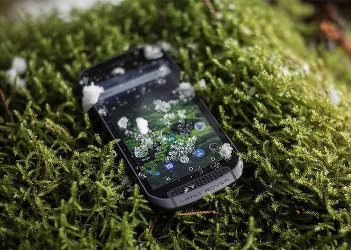 推出三防手機 Land Rover Explore  玩埋模組化隨時強化功能
