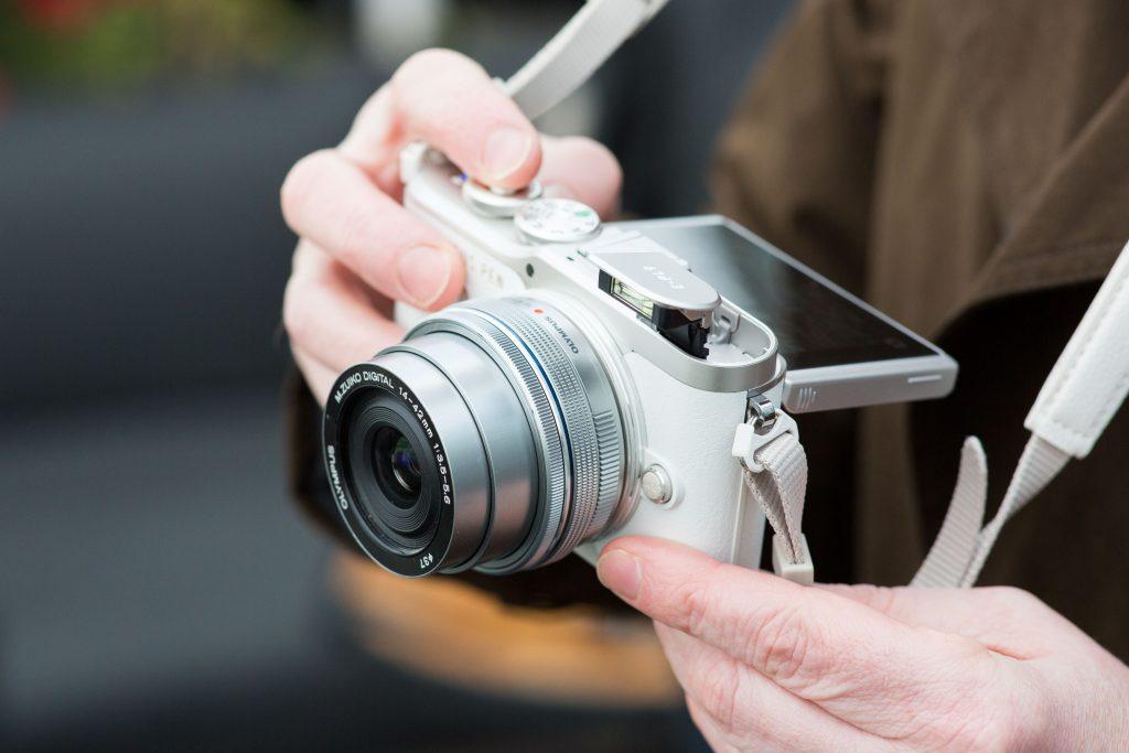 Olympus PEN E-PL9 三月開售  新增濾鏡簡化專業模式影靚相