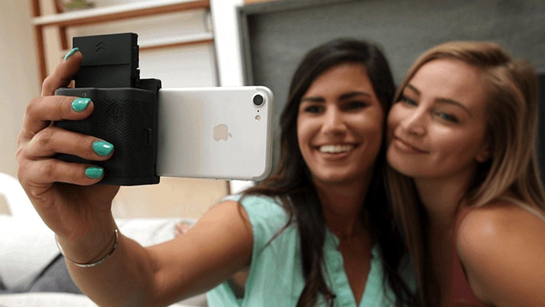 iPhone 手機殼變即影即有相機  Prynt Pocket  AR  技術由相睇短片