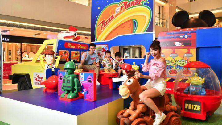 大型 Disney Motors 主題裝置  屯門市廣場 TOMICA 奇妙夢車場