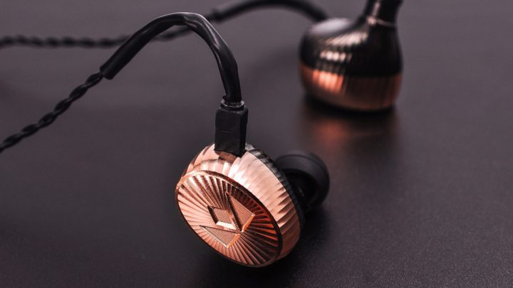 【 高級視聽展 2018 】 A&norma SR15 現真身 Siren Series 雙單元耳機 Billie Jean 有得試
