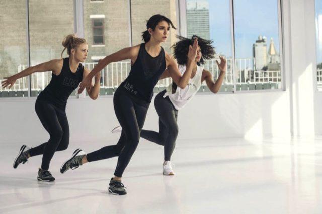 Reebok x Les Mills 系列首對訓練鞋 「吸血鬼」女星 Nina Dobrev 親身示範