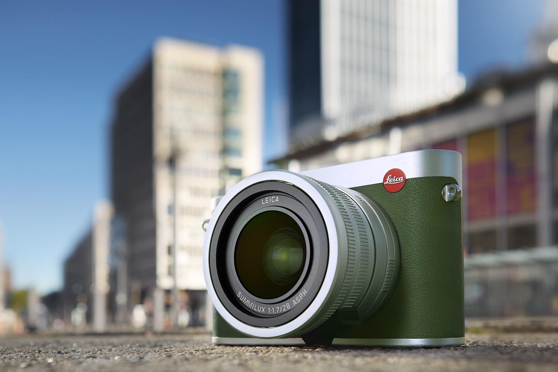 Leica Q  Khaki 全新特別版  卡其色真皮飾邊限量 495 部