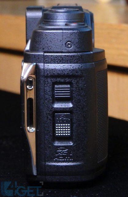 31 米防水兼具電子觀景器 Panasonic LUMIX TS7