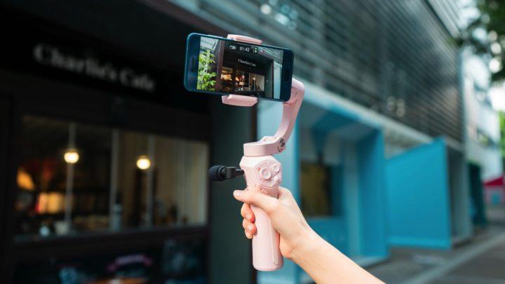 外置收音咪兼可無線充電  Snoppa Atom 可摺疊手機穩定器抵港