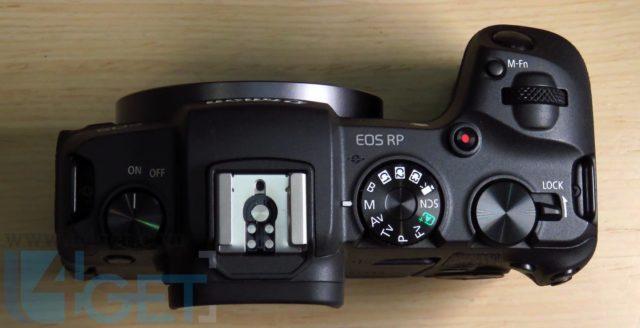 中階全片幅 Canon EOS RP  開價 HK$10,880 性價比夠高