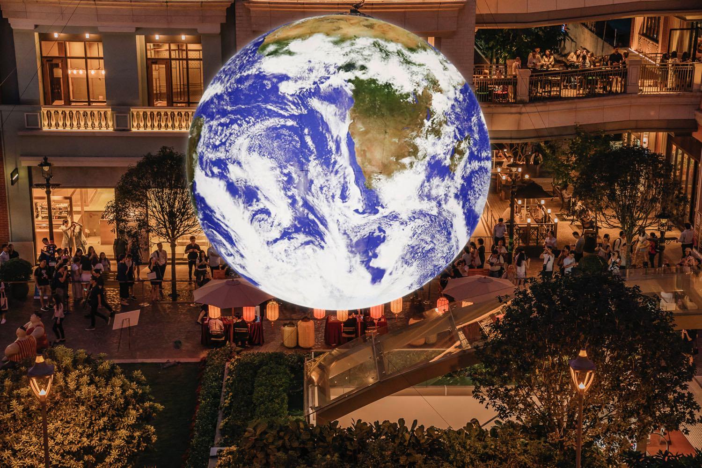 全世界第一個自轉「地球」藝術裝置 Gaia    模擬太空人從月球俯瞰地球景象