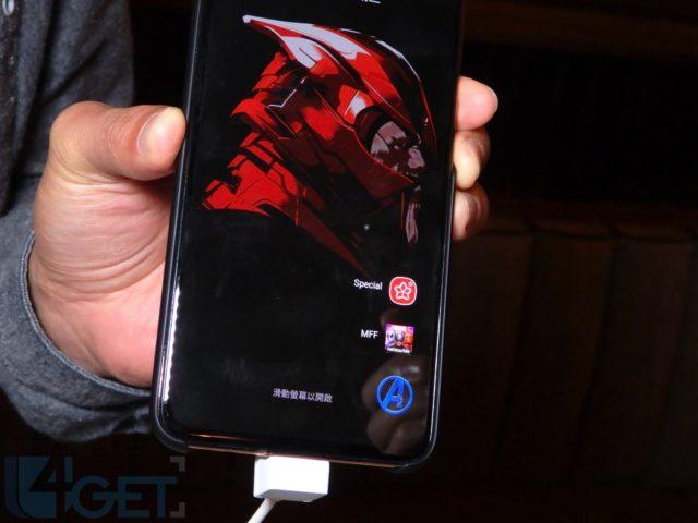 一裝機殻即變超級英雄主題  Samsung X Marvel 推出獨家智能保護殼