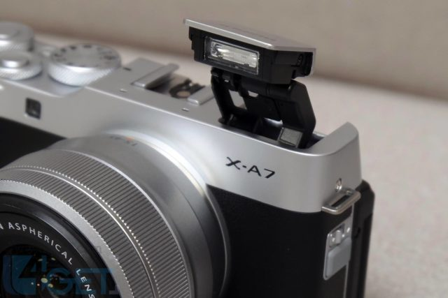 FUJIFILM X-A7 輕身入門 APS-C 無反相機