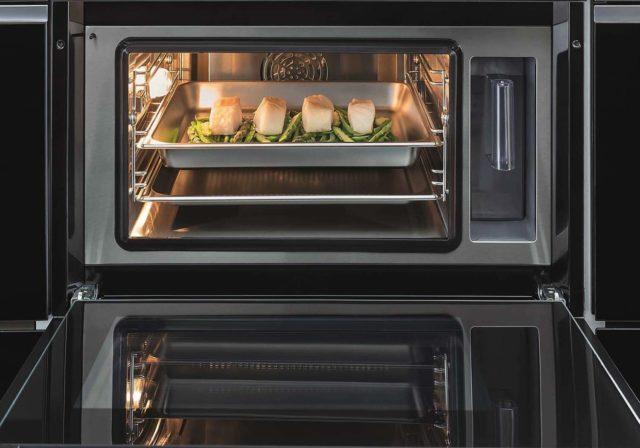 全新惠而浦 W Collection 內置式廚電系列  以「第6感」感應所需