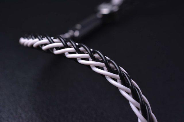 Noble Audio TUX 5 五單元新耳機 型格全黑設計扮貴族