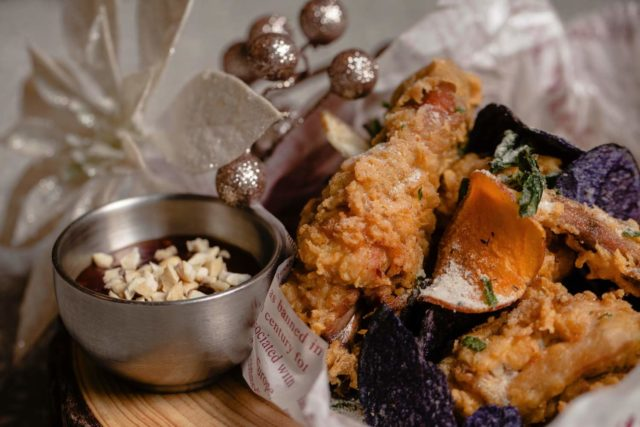 COBO HOUSE X CAROLINA HERRERA 推出聖誕節菜單