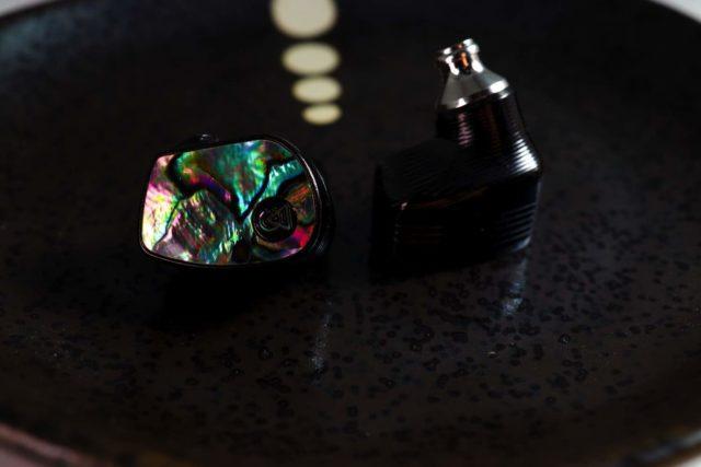 CAMPFIRE AUDIO Solaris Special Edition  香港限量 100 對陶瓷燒結耳機