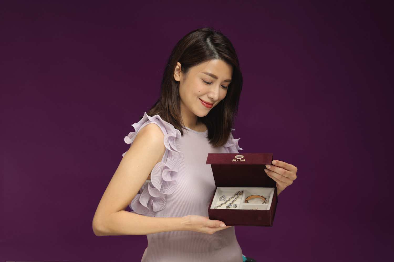 黃大仙中心聯乘意大利 Venchi 推出月餅首飾禮盒換領活動