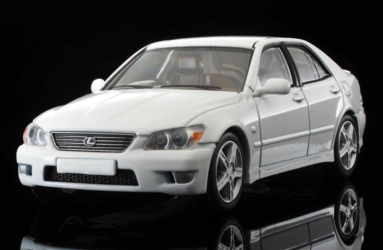 香港獨家發售  TOMICA LIMITED VINTAGE NEO'99 Lexus IS200