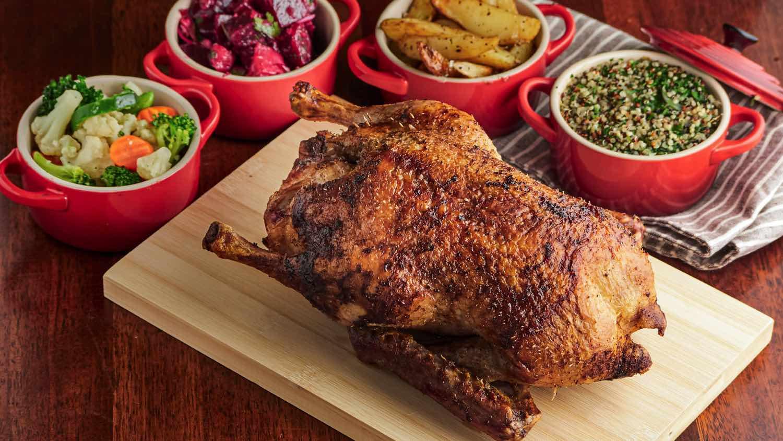 法式烤肉店 LA ROTISSERIE 限時優惠 惠顧烤雞鴨套餐可獲贈法國紅酒