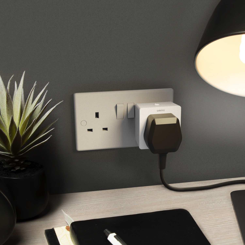 Wemo WiFi 智能插頭支援 Apple HomeKit   遙距免提語音控制電子裝置