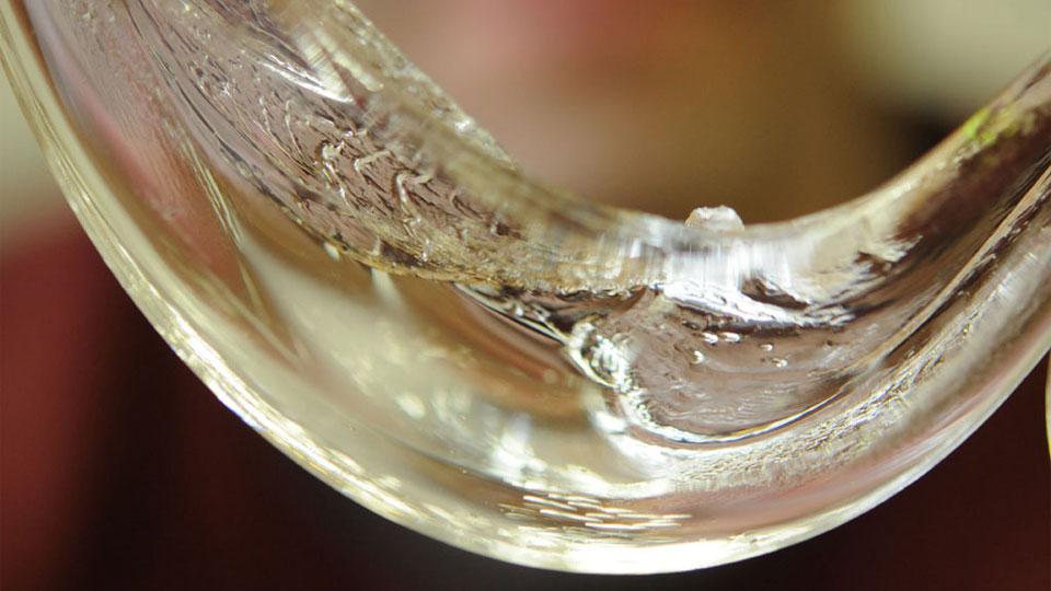 玻璃新物質狀態  粒子能夠移動的「 液體玻璃 」( liquid glass )