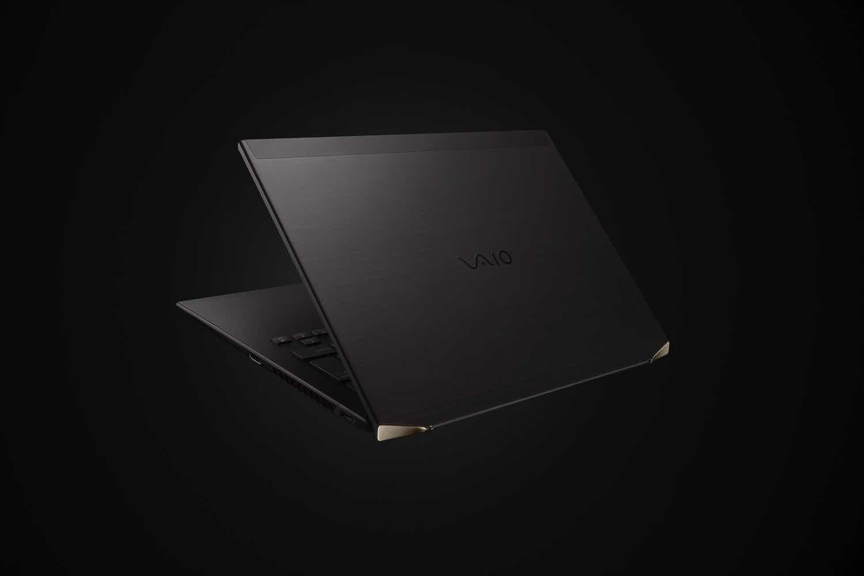 全球首款碳纖筆記型電腦  VAIO Z 重量不足1kg