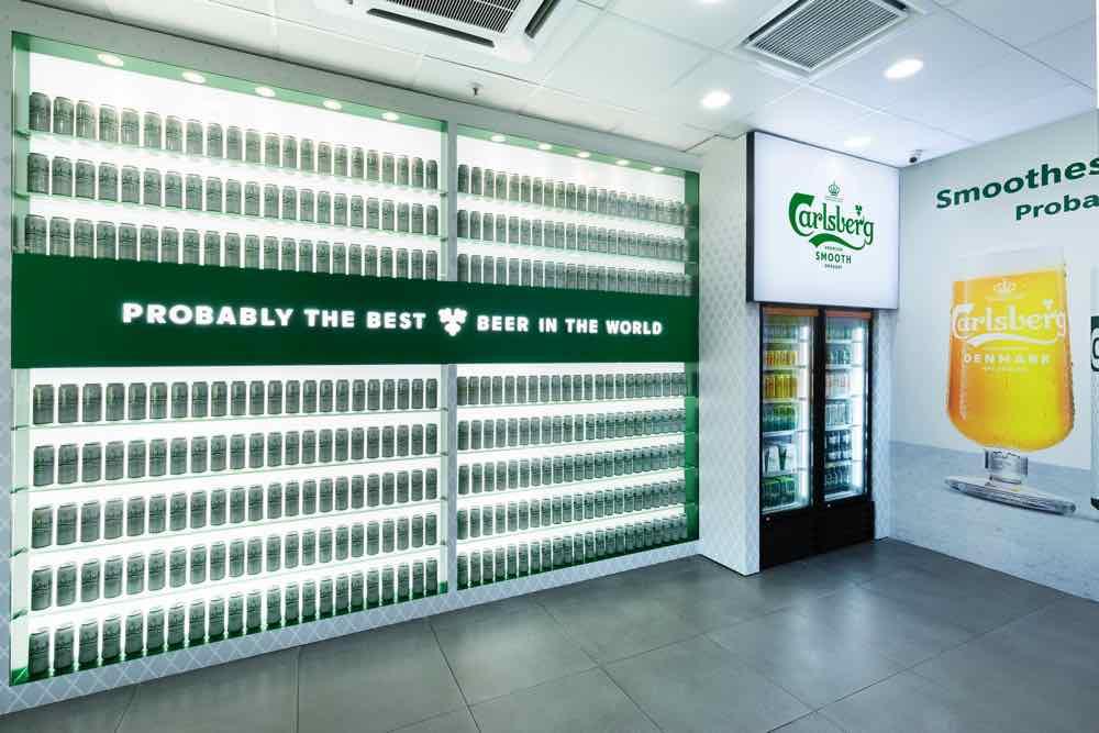 7-Eleven x 嘉士伯概念店   全新形象登場  歎啤酒玩遊戲贏大獎