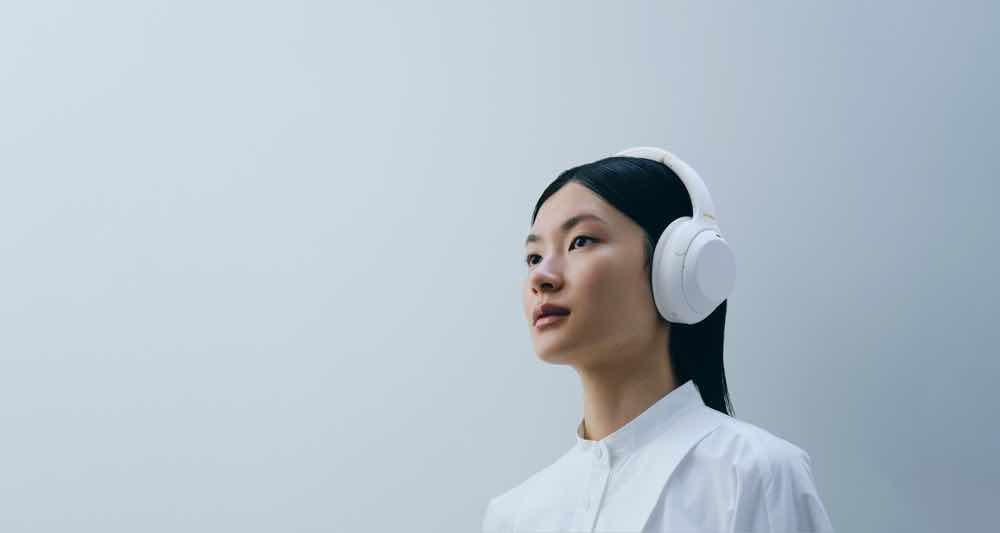 Sony WH-1000XM4 限量版「 寧靜白 」 純白珠光塗層5月發售