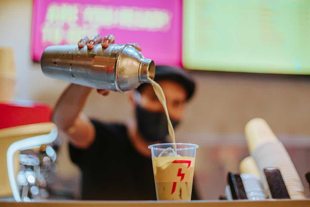 科技為本的咖啡連鎖店 FLASH COFFEE  2021 年第三季進駐香港市場