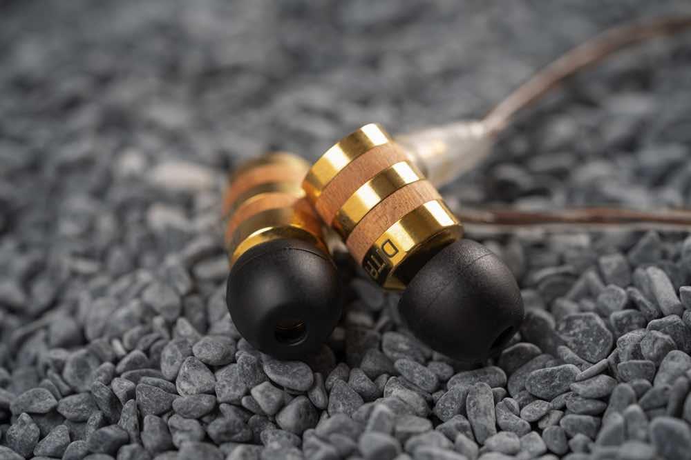 DITA Audio SAKURA 71    黃銅配日本山櫻花木全球限量288套