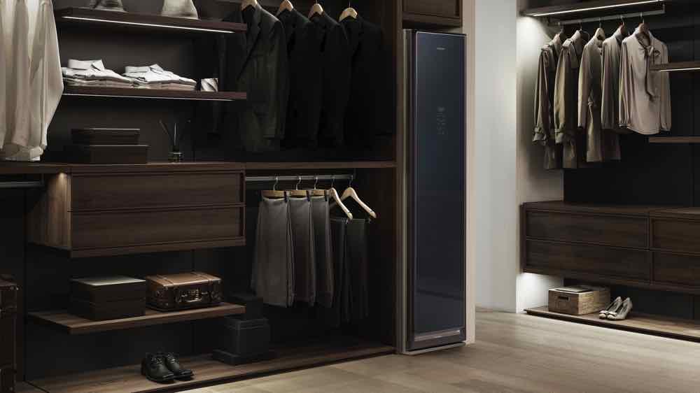 Samsung AirDresser 智能魔衣櫥 輕鬆保養靚衫皮袋無難度