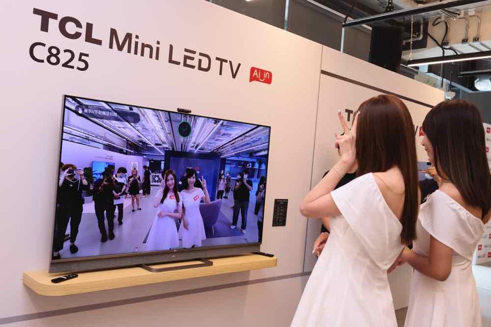 TCL 2021 旗艦級 LED 4K 電視 C825  內置 Mini LED 技術支援語音助理