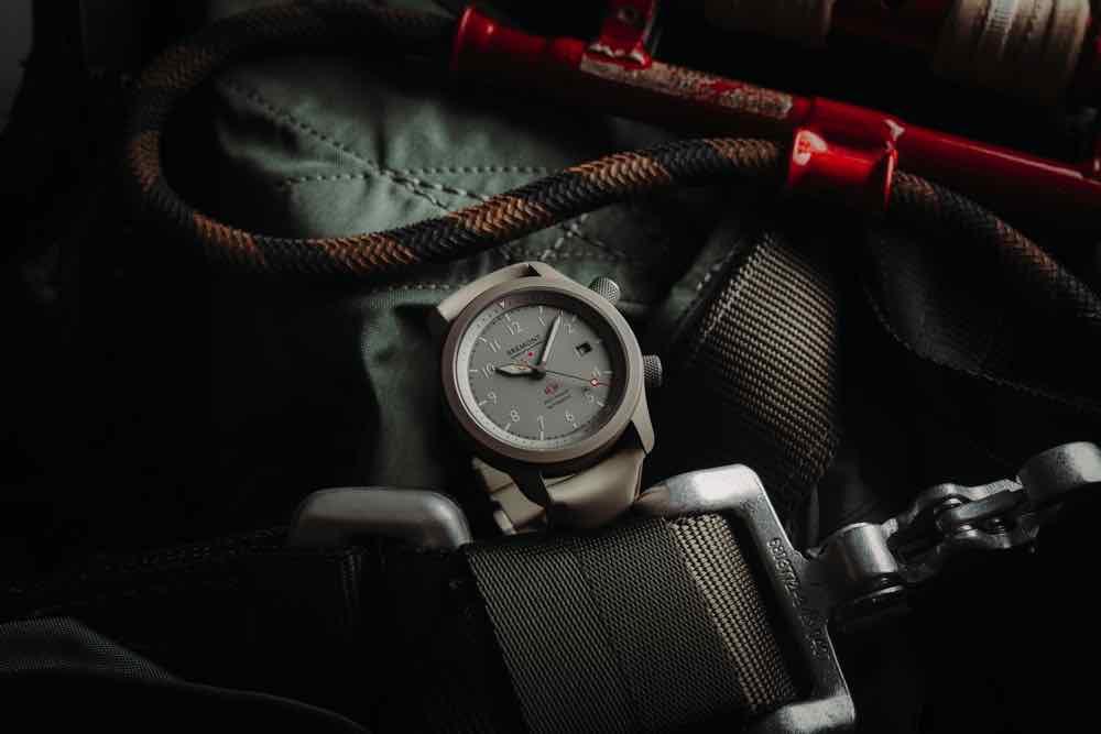 全新鈦金屬 BREMONT MB Savanna 腕錶 首次以第 5 級別鈦金屬製作