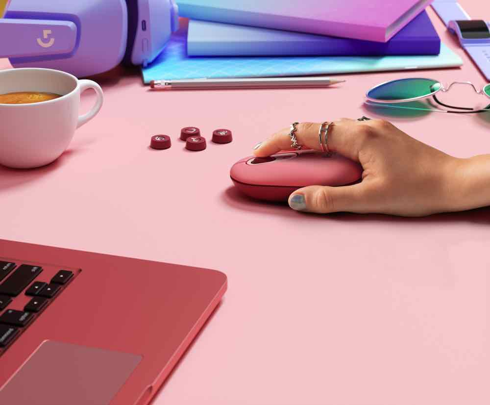 Logitech POP KEYS 無線藍牙機械鍵盤  換埋 EMOJI 表情符號鍵帽打得更潮