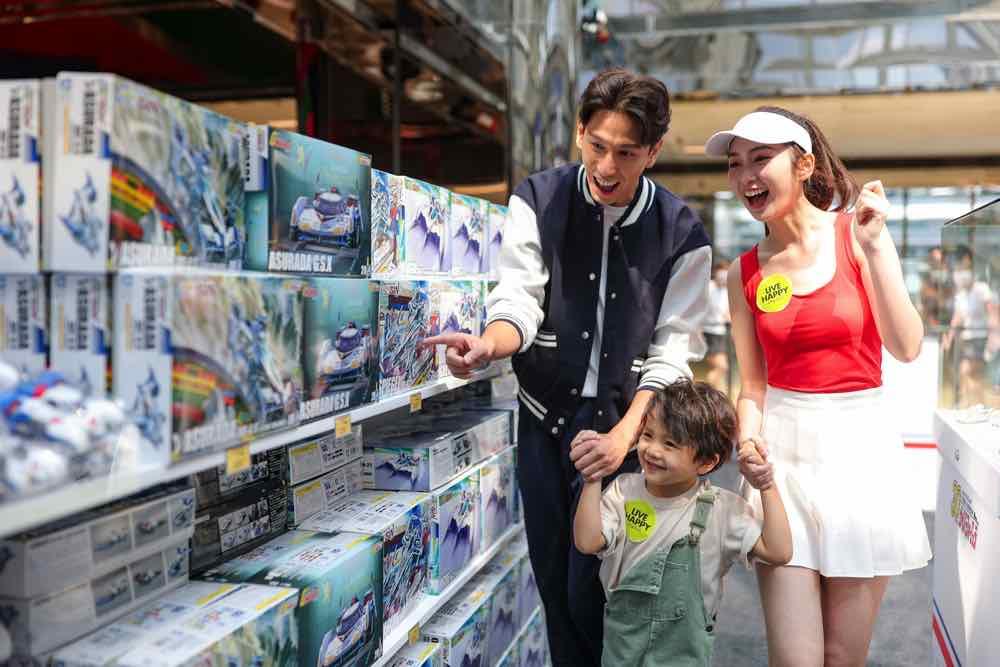 太古城中心《新世紀GPX高智能方程式世界巡展香港站太古城中心GP》 首次展出1:1 30週年特別版雷神