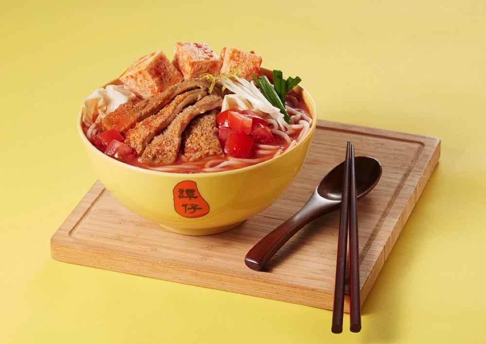 滷汁牛肚蜂巢豆腐香辣鮮番茄米線